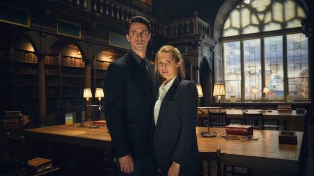 Том Хьюз появится во втором сезоне «Открытия ведьм»
