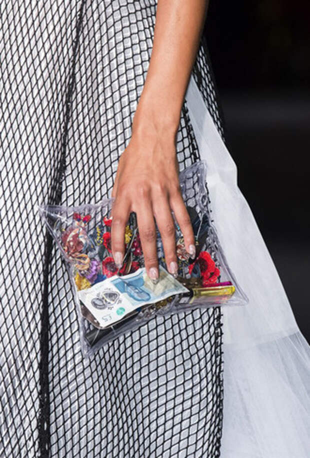 Подборка актуальных моделей пластиковых сумок 2019