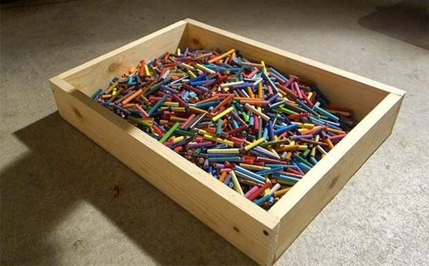 Гитара из цветных карандашей своими руками