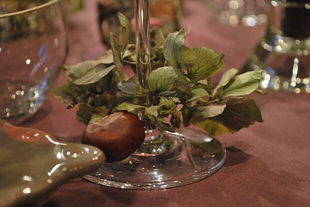maroon-french-style-table-set7.jpg
