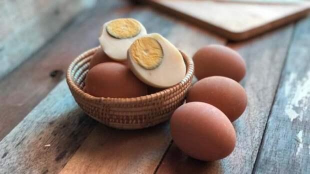 Можно ли есть вареные яйца с зеленым ободком на желтке