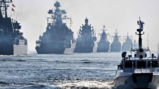 Шесть боевых кораблей ВМФ России подошли к границам США на расстояние всего - на 18 километров от побережья..