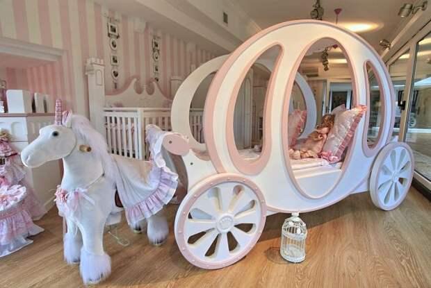 Папа сделал для своей маленькой принцессы такую красоту!