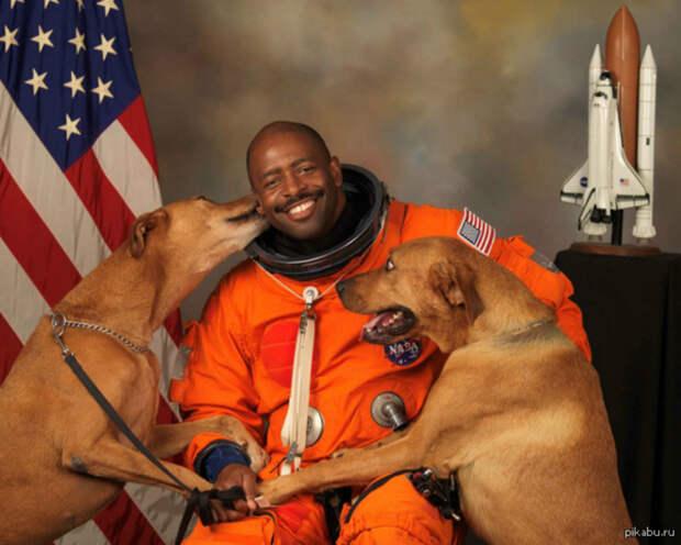 «На Марсе есть жизнь?» — «Будет, когда мы там приземлимся!»: астронавты NASA ответили на блиц-опрос пользователей интернета