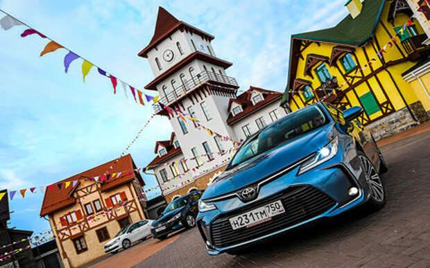 Новые Corolla и Elantra плюс С4 : большой тест седанов С‑класса
