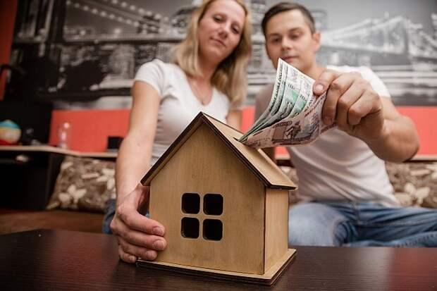 Льготную ипотеку для семей с детьми в России распространят на строительство жилого дома