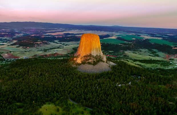 8 жутких фото Башни Дьявола в США
