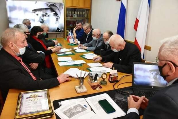 В Симферополе наградили участников ликвидации последствий аварии на ЧАЭС