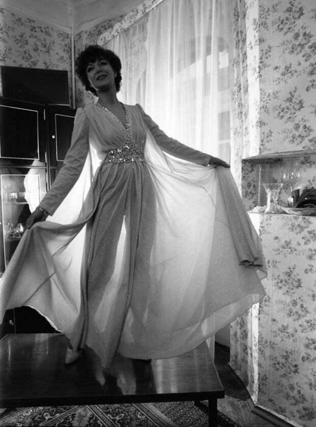 Эдита Пьеха, 1982 год.