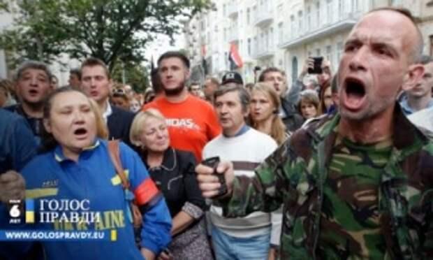 Британские военные вынуждают украинцев ненавидеть Россию, – военный эксперт