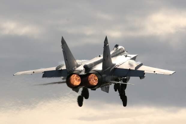 Пилоты норвежских ВВС обратились к психологу после встречи с российским МиГ-31