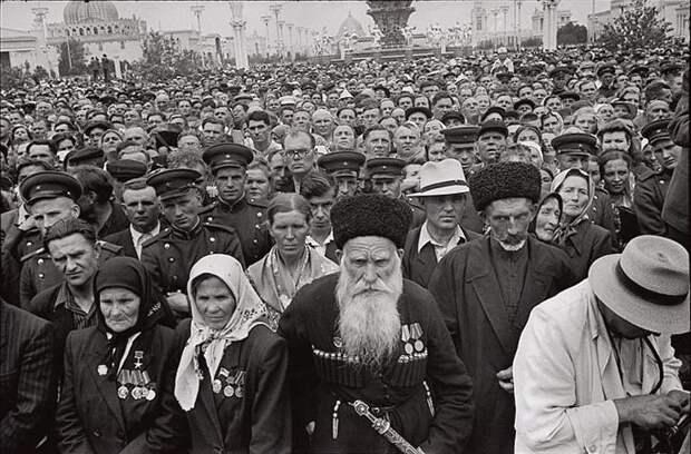 Cartier Bresson05 25 кадров Анри Картье Брессона о советской жизни в 1954 году