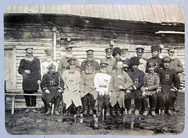 Сибирские казаки-герои