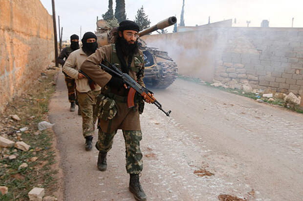 Нефть важнее геноцида.  Почему «Исламское государство» стремительно отступает в Сирии