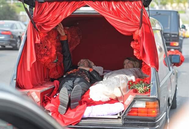 Похороны Собчак как приговор современному обществу