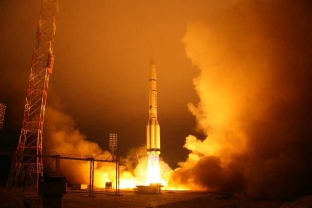 РКН «Протон-М» с КА Inmarsat-5F1 стартовала с космодрома Байконур