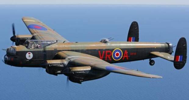 Avro Lancaster.   Фото: Aircraft Details.