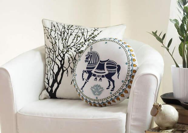 Подушки в интерьере: виды подушек, наполнение, материал, цветовые решения, идеальные комбинации и правильные сочетания
