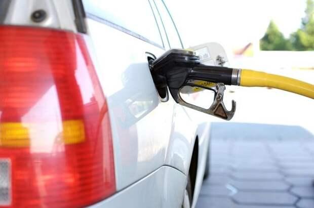 Минэнерго предлагает при необходимости ограничивать экспорт бензина