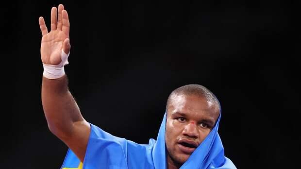 Темнокожий олимпийский чемпион с Украины испугался походов на футбол