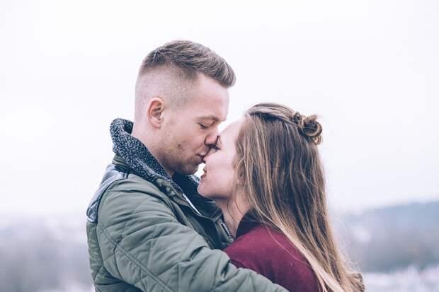 7 признаков того, что мужчина женат и скрывает от вас это