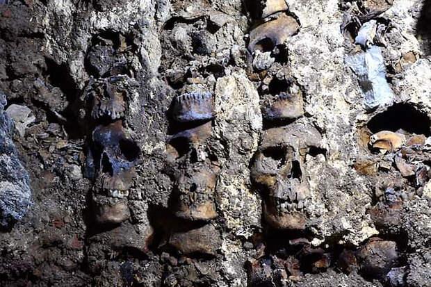 Учёные нашли более сотни черепов жертв массового ритуального убийства
