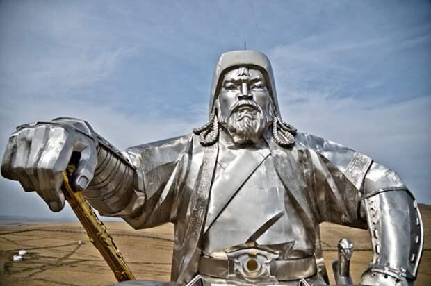 Образ Чингисхана в устной и письменной культуре монголов
