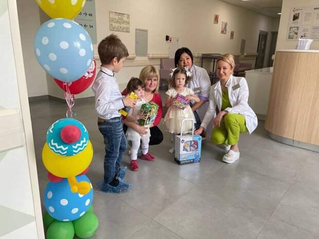 Девочку весом 630 г выходили в Щелковском перинатальном центре. Вот как она живет сейчас