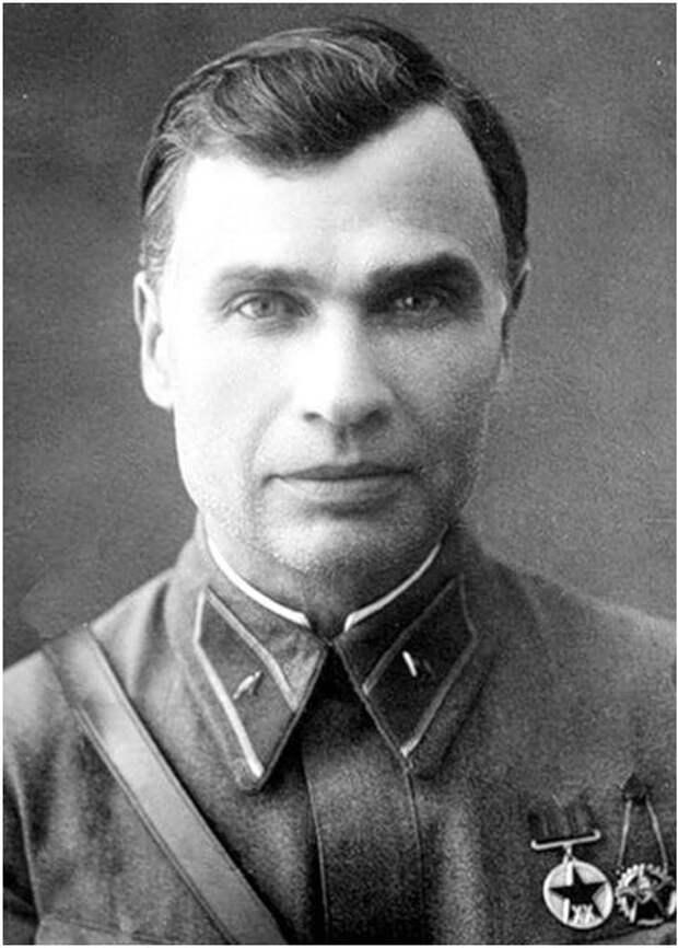 Павший смертью храбрых: командующий Юго-Западным фронтом генерал Кирпонос