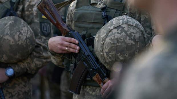Донбасс сегодня: украинские военные медики бастуют, бойцы ВСУ продают мины и гранаты