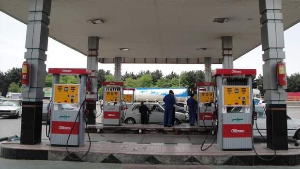 Нефти много, апотребление бензина пришлось нормировать