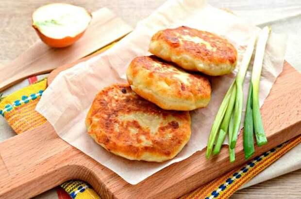 Очень вкусные картофельные котлеты с яблочком. \ Фото: hozoboz.com.