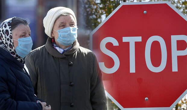 Эксперт объяснил, как долго придётся носить маски