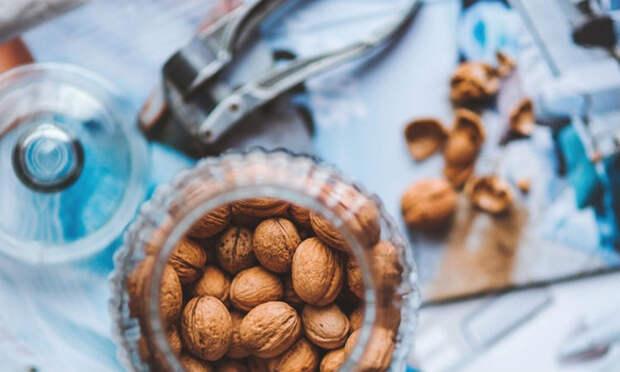 Убираем плохое настроение грецкими орехами