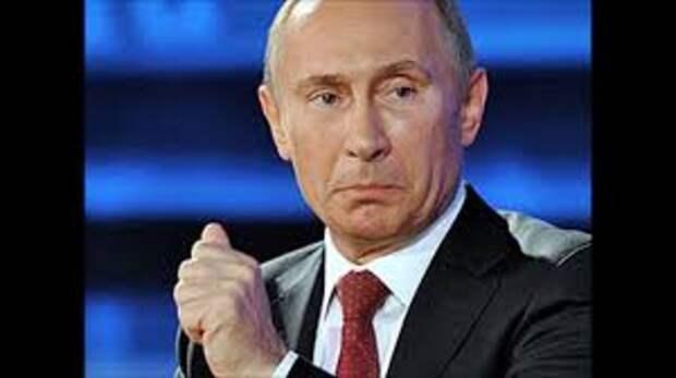 Памятник Путину без Путина (фото)