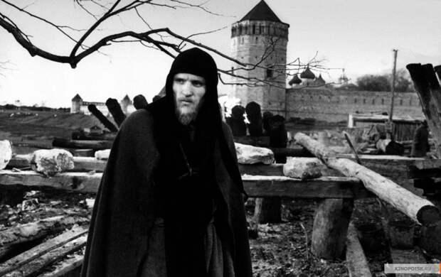 Неопубликованную кинолетопись съёмок фильма «Андрей Рублёв» выставят на торги
