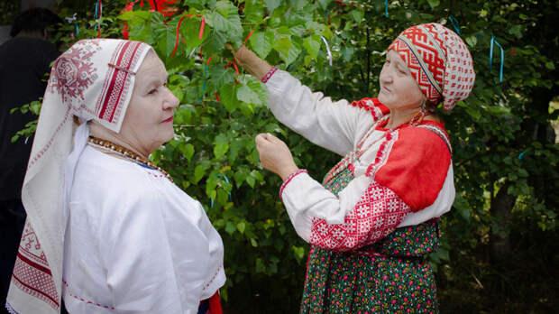 10 самых редких языков, на которых говорят в России