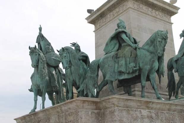 Боевая история Венгрии. В 2-х частях