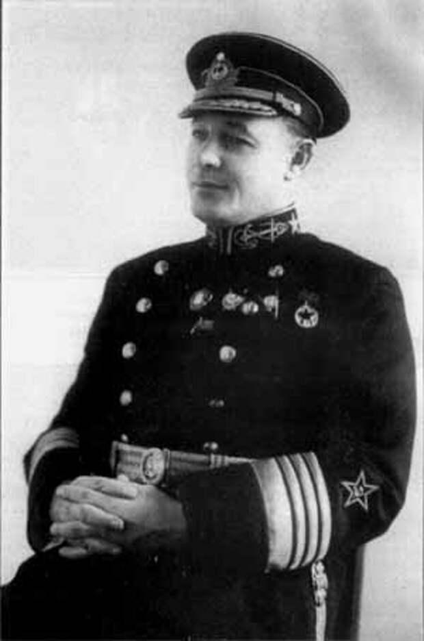 Адмирал  Н. Г. Кузнецов «Курсом к Победе».  О настоящих героях на войне