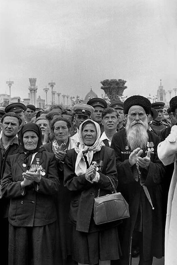 Cartier Bresson04 25 кадров Анри Картье Брессона о советской жизни в 1954 году