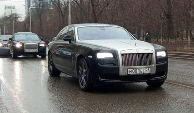 ВРостове заметили элитный кортеж изRolls-Royce составропольскими номерами