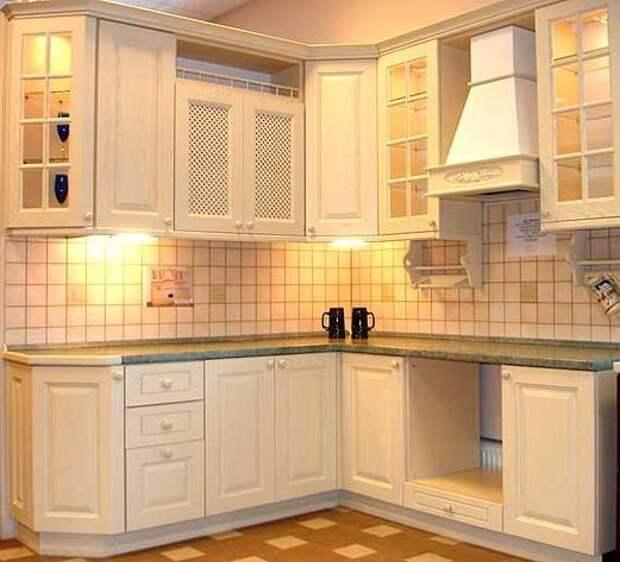 http://nadokuhnu.ru/wp-content/uploads/2015/11/kitchen-corner-classic.jpg
