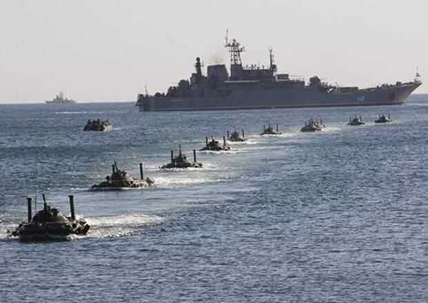 Эсминец ВМС США Roosevelt взял курс на Черное море