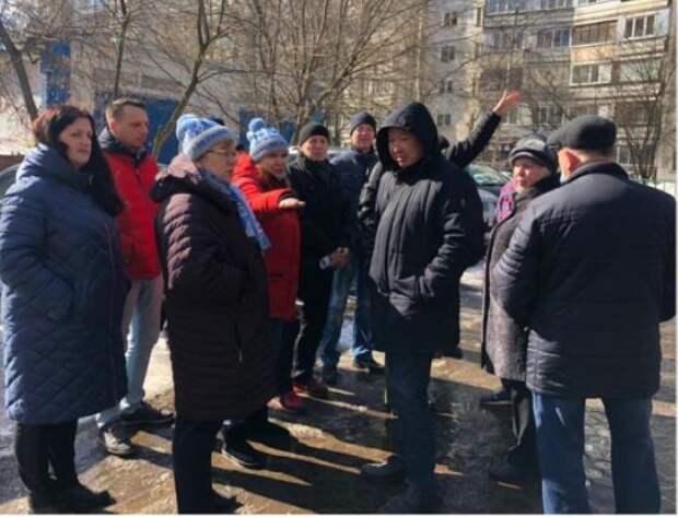 Глава управы района Лианозово обошла территорию и дала ряд поручений