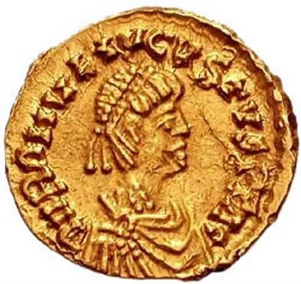 Как «мелкий Август» простился с Римской империей