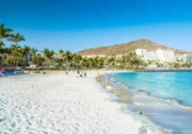 Туристам запретили рисунки на песке