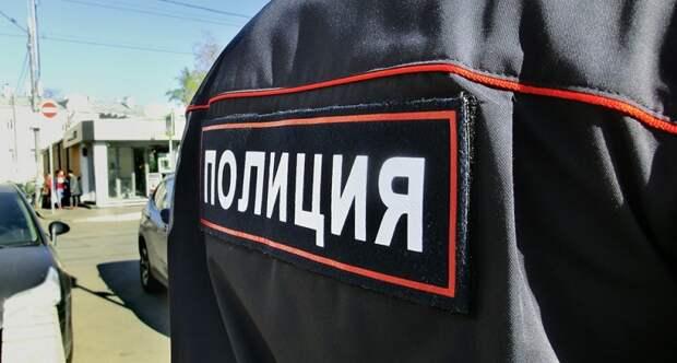 Российские подростки избили таксистку