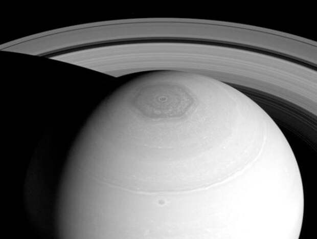 Загадка шестигранника на Сатурне