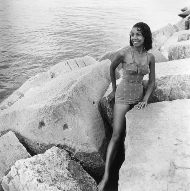 Дамы в купальниках середины прошлого века ХХ век, купальник, мода, ностальгия