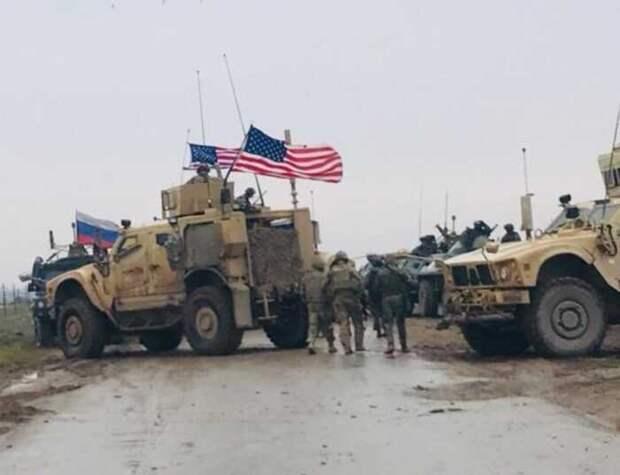 Из-за появления российских военных, американцам пришлось вызывать вертолёт Апач